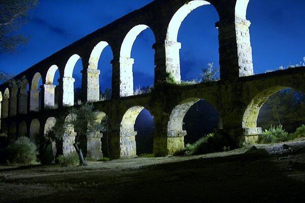 Акведуки мира - Акведук Лес-Ферререс в Испании