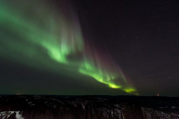 Феномен полярного сияния