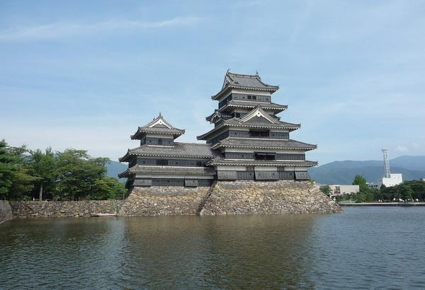 Замок Мацумото - достопримечательность Японии