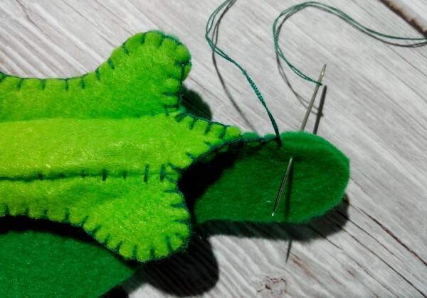 Игольница из фетра своими руками пошагово - шаг 10