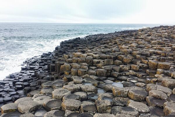 Мостовая гигантов в Ирландии - научная версия возникновения