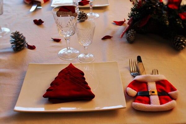 Идеи для декора новогоднего стола - фото 7