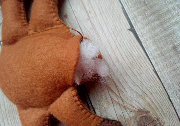 Олень из фетра своими руками пошагово - шаг 19