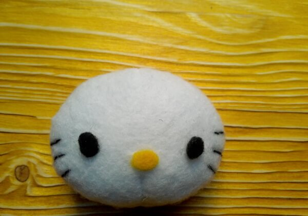 Хеллоу Китти - кошечка из фетра своими руками пошагово - шаг 15