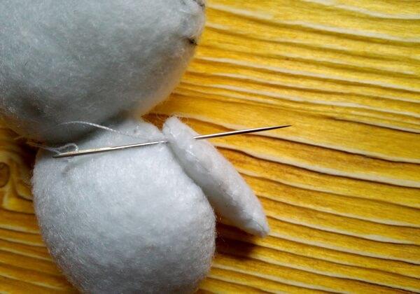 Хеллоу Китти - кошечка из фетра своими руками пошагово - шаг 23