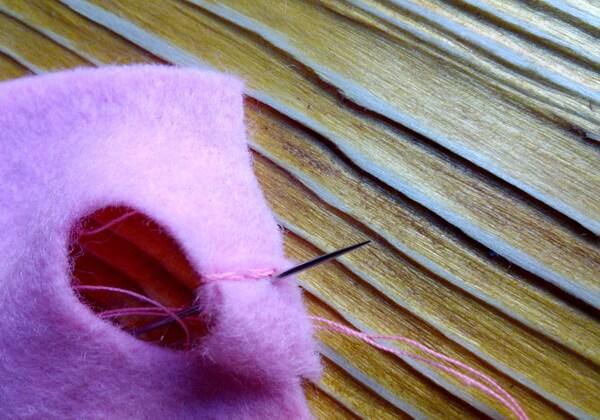 Хеллоу Китти - кошечка из фетра своими руками пошагово - шаг 30