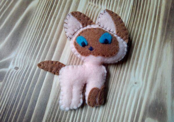 Котёнок Гав из фетра - милая игрушка своими руками
