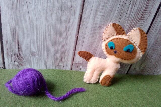 Котёнок Гав из фетра - пошаговый мастер-класс с фото