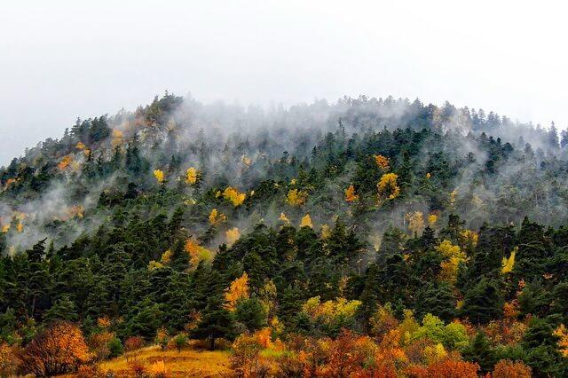 Красивые фото гор осенью