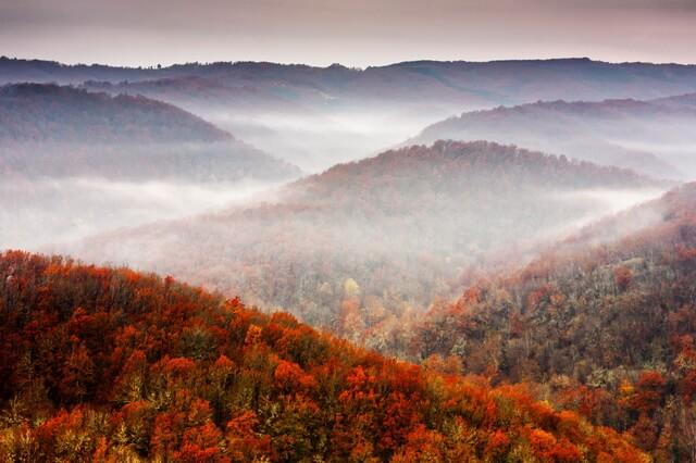 Рассвет в осенних горах - Фото красивых осенних пейзажей для вдохновения