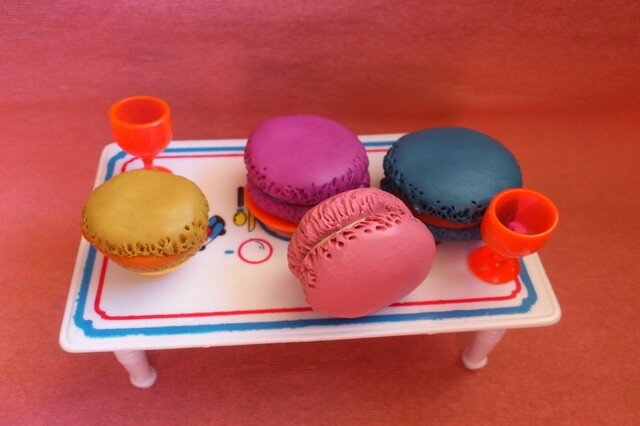 Макаруны из пластилина - мастер-класс по лепке еды для кукол