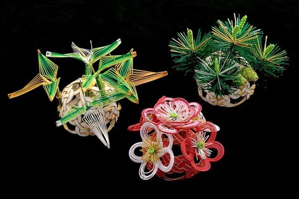 Поделки из японских узлов мидзухики