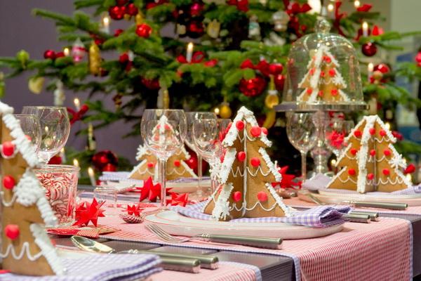 Интересные идеи для декора новогоднего стола