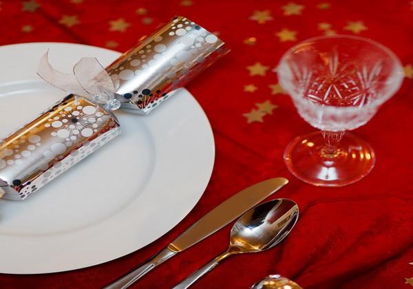Декор новогоднего стола своими руками - интересные идеи
