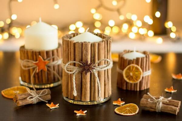 Новогодние композиции со свечами на стол - оформление пряностями