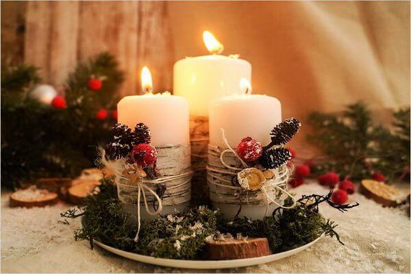 Интересные идеи, как оформить новогодние композиции со свечами в эко-стиле