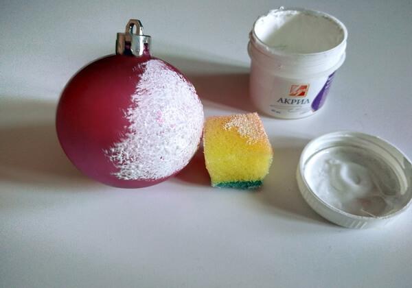 Декупаж ёлочных шаров - пошаговая инструкция - шаг 1