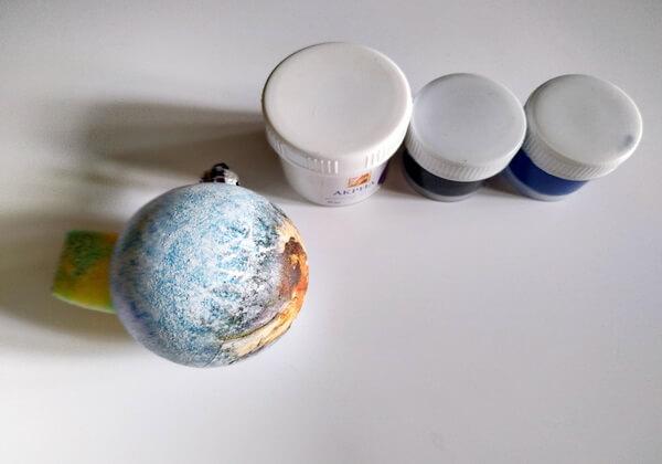 Декупаж ёлочных шаров - пошаговая инструкция - шаг 3