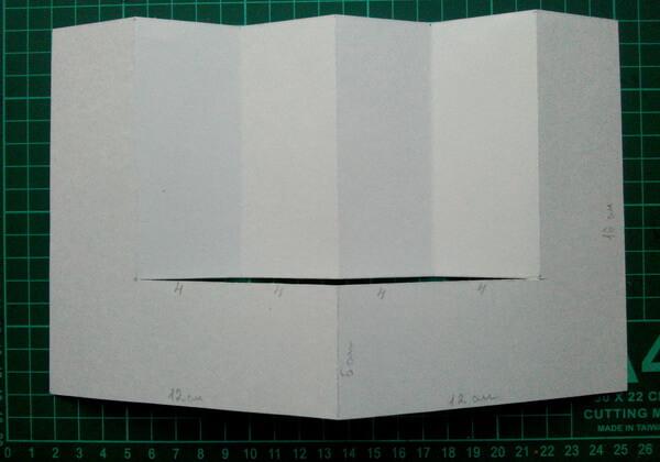 Как сделать объёмную новогоднюю открытку - шаг 3