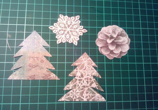 Как сделать объёмную новогоднюю открытку - шаг 6