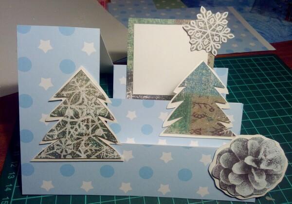 Как сделать объёмную новогоднюю открытку - шаг 12