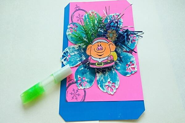 Новогодняя открытка со свинкой своими руками - мастер-класс