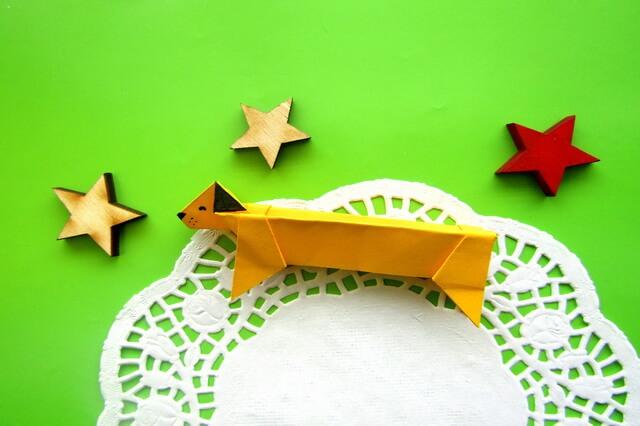 Оригами такса - пошаговое создание поделки из бумаги