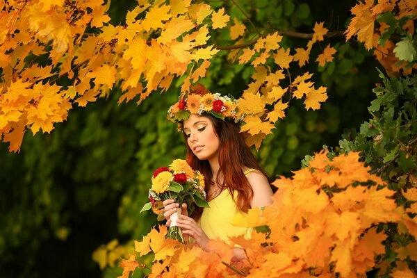 Осенняя фотосессия в лесу - Интересные идеи для девушек