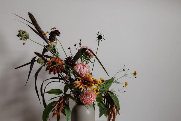 Осенняя икебана - базовые принципы составления композиции