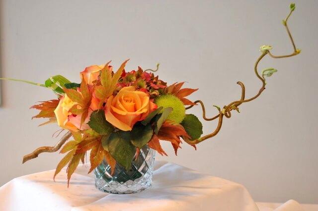 Осенняя икебана - фото и идеи оформления композиции своими руками
