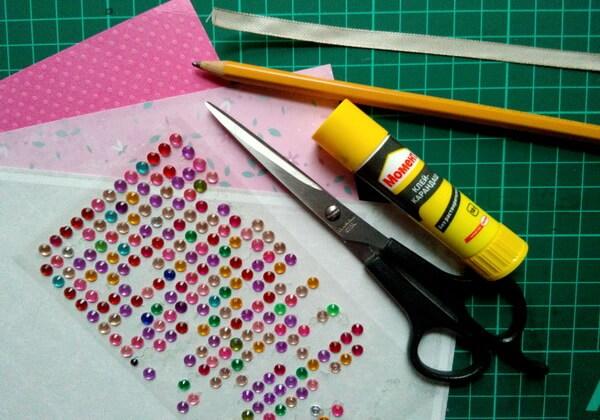 Инструменты и материалы для создания объёмной валентинки своими руками