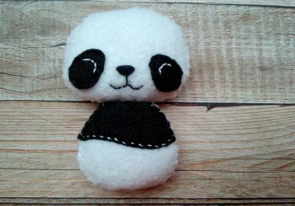 Панда из фетра пошагово - шаги 14-16