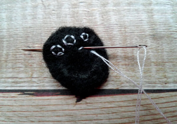 Панда из фетра пошагово - шаг 18