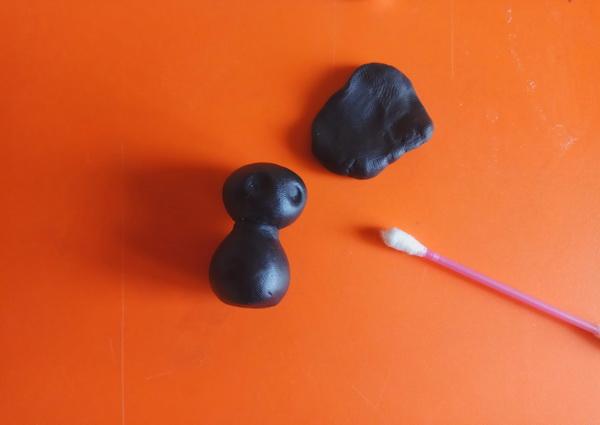 Пошаговый мастер-класс поделки на Хэллоуин - летучая мышь из полимерной глины - этап 3