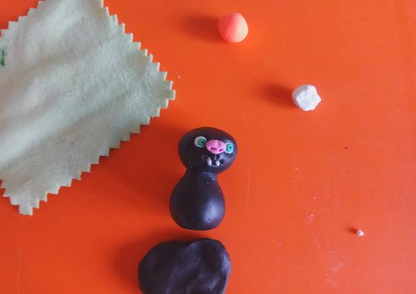 Пошаговый мастер-класс поделки на Хэллоуин - летучая мышь из полимерной глины - этап 5