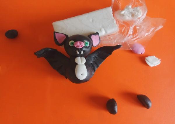Пошаговый мастер-класс поделки на Хэллоуин - летучая мышь из полимерной глины - этап 8