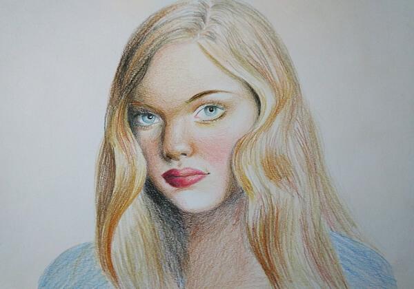Портрет девушки цветными карандашами - поэтапный урок рисования для начинающих