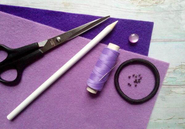 Как сделать резинки из фетра - инструменты и материалы