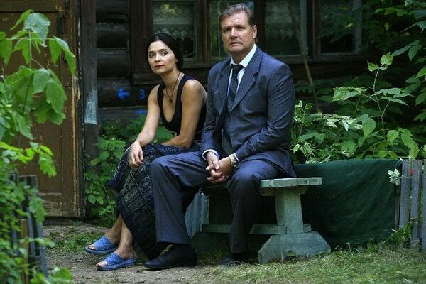 Сериалы про несколько поколений - «Ермоловы» (2008)