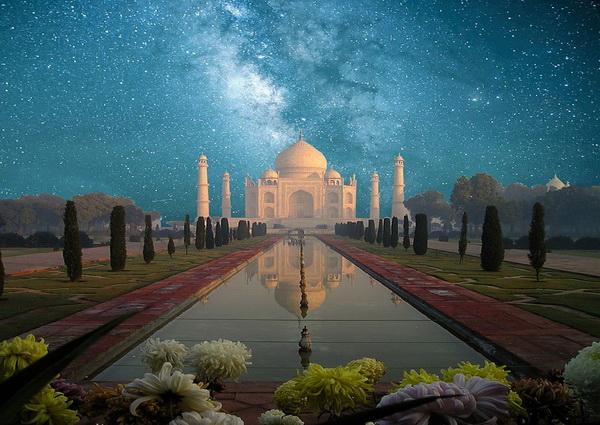 Тадж-Махал - дворец во имя любви