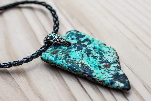 Камни для привлечения любви - Бирюза