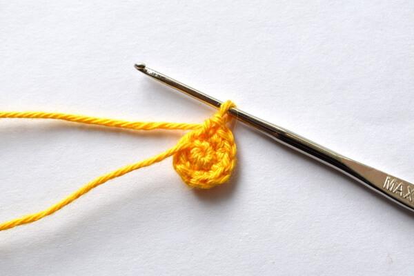Как связать репку крючком - шаг 1