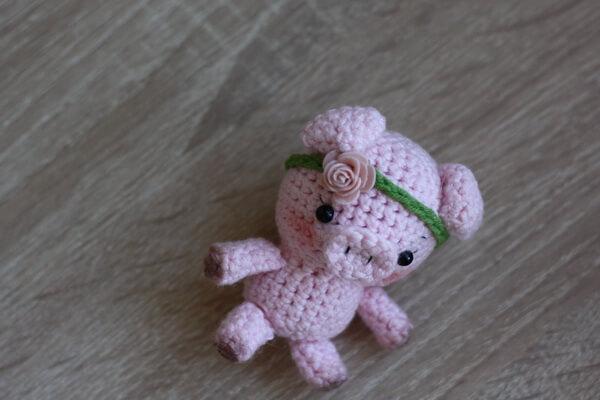 Свинка амигуруми - пошаговая сборка деталей - шаг 4