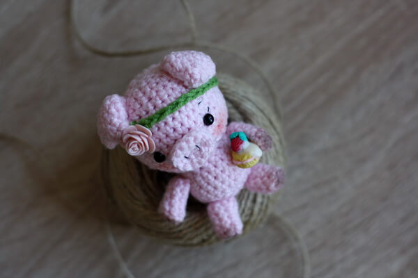 Свинка амигуруми - мастер-класс по созданию вязаного символа 2019 года