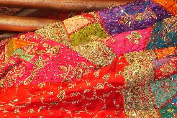 Индийская вышивка зардози и её история